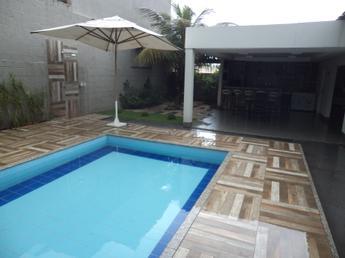 Casa, Parque das Laranjeiras, 3 Quartos, 4 Vagas, 1 Suite